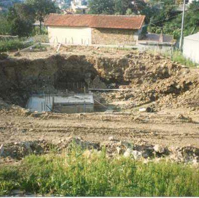 Foto 7 - scavo con plinto